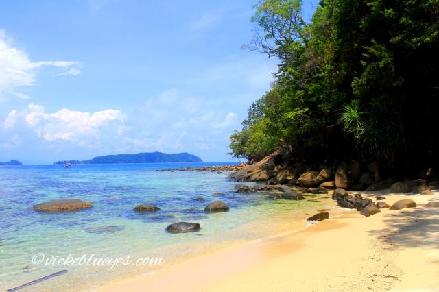 Pulau Sapi hidden beach